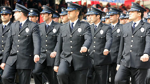 Polis ve uzman çavuşları sevindirecek haber