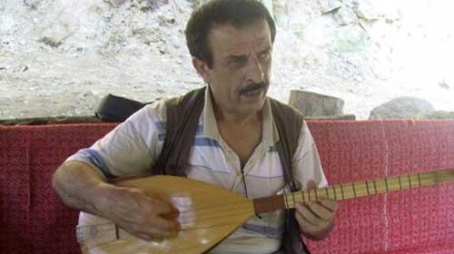 Mustafa Sırtlı kimdir?