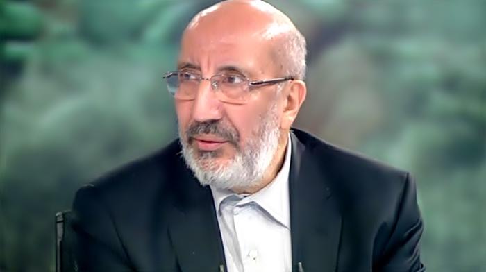 """Dilipak: """"CHP ve AK Parti'yi yenide dizayn edecekler, onun için tarafları birbirine kırdıracaklar"""" diyor birileri."""