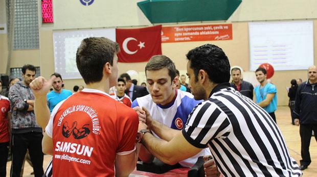 Türkiye Genç Erkekler Bilek Güreşi finali yapıldı