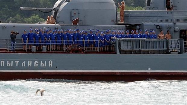 Rus gemisinden ilginç görüntü