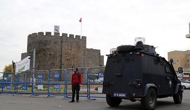 Şırnak'ın Cizre ilçesinde eve dönüşler başladı