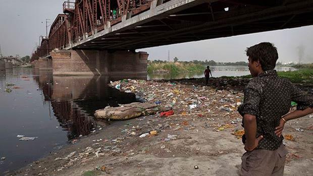 Hindistan'da ölü sayısı 765'e ulaştı