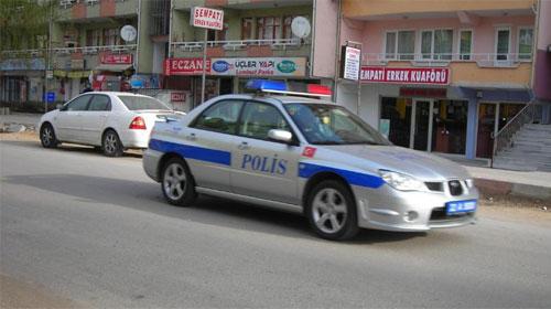 Polis Sirenleri Unutkan Öğrenci İçin Çaldı