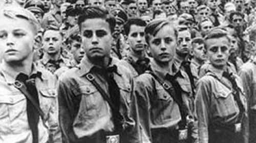 Hitler ve Mussolini de 'Andımız'ı Okutuyordu