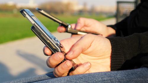 Twitter Çıktı Diye SMS'in Pabucu Dama Atılmadı