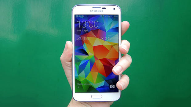 Metal Galaxy S5 haziranda geliyor