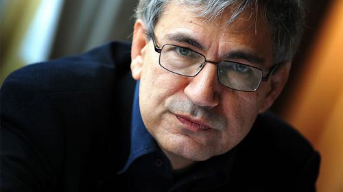 Orhan Pamuk'tan Mısır yorumu