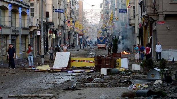 Taksim,Türkiye'nin Tahrir'i değil