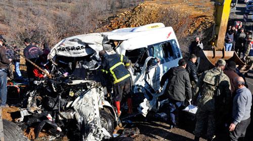 K. Maraş'ta katliam gibi kaza: 10 ölü