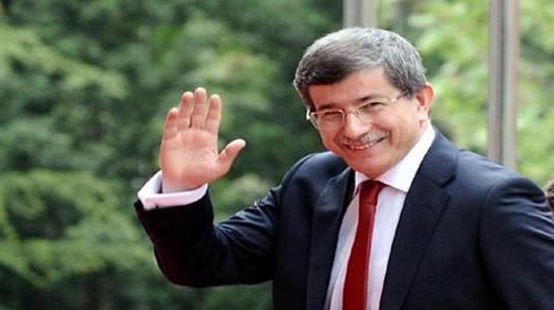 Davutoğlu bayram namazını Saraybosna'da kıldı