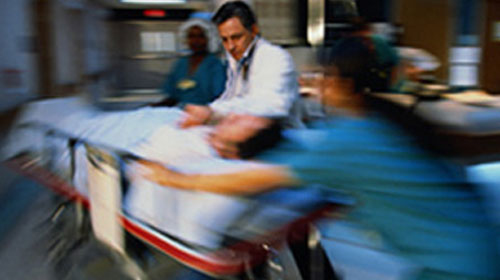Hastaneye Yürüyerek Gitti Cenazesi Çıktı