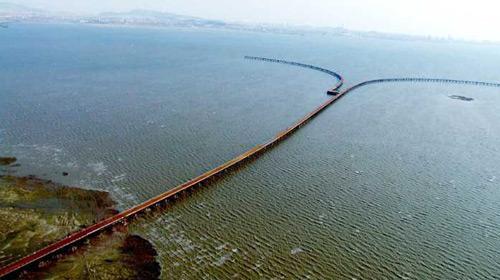 Dünyanın En Uzun Köprüsü Trafiğe Açıldı