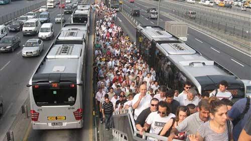 Metrobüste Paralı Geçiş Bitiyor