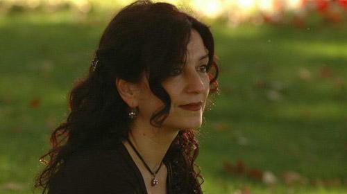 Nazan Bekiroğlu 'Nar Ağacı'yla geliyor