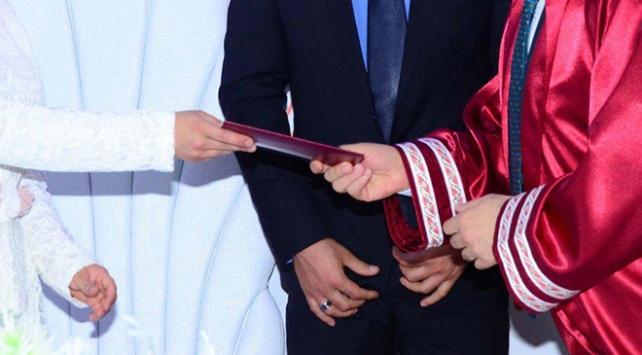 Müftülere nikah kıyma yetkisi yürürlüğe girdi