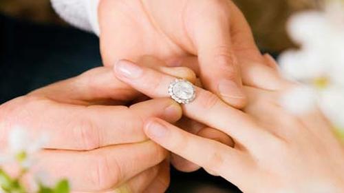 Evlenmek için 05.05.2015'i seçtiler