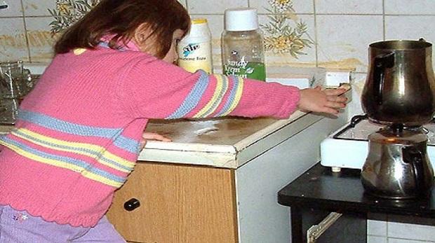 Çocuğunuzu ev kazalarından nasıl korursunuz?