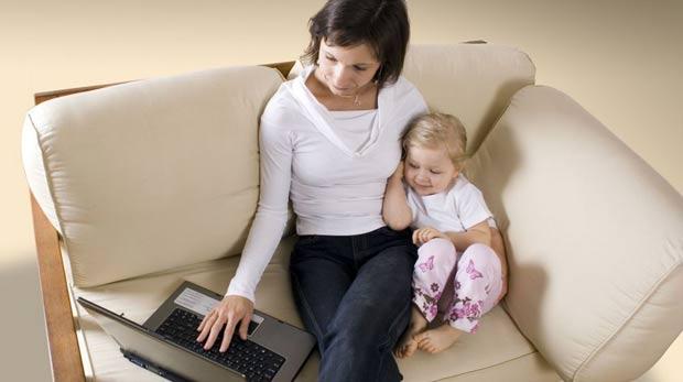 Çalışan anneye ayda 300 TL destek