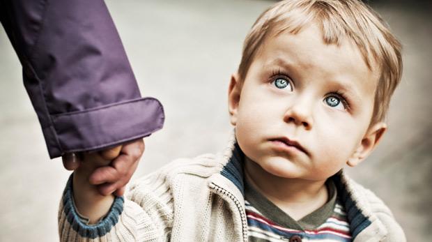 Yetiştirme yurtlarındaki çocuklar evlere taşınıyor