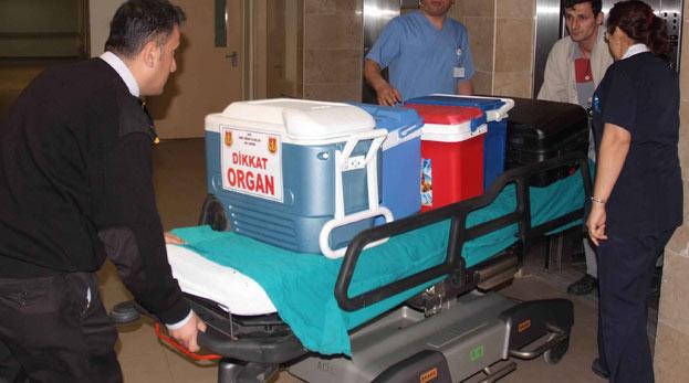 22 bini böbrek 28 bin hasta organ bekliyor