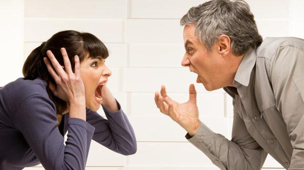 Sağlıklı bir iletişim için önce dinlemek gerek