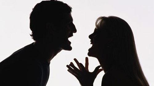 En Ciddi Boşanma Sebebi İnternet