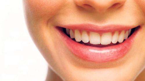 Bilimadamları diş eti dokusundan diş üretti!