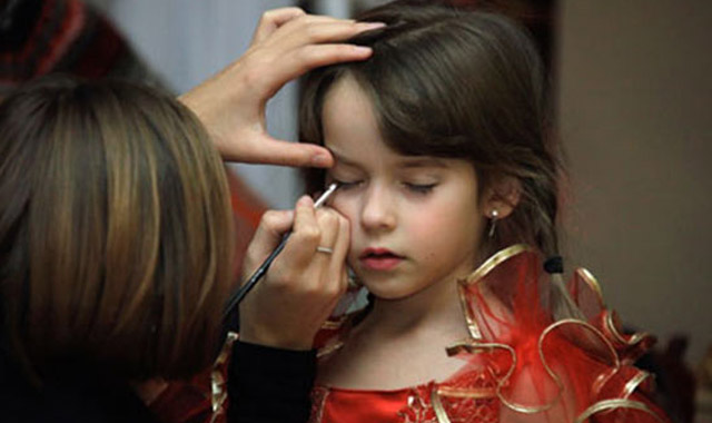 Kız çocukları için güzellik yarışması yasaklandı