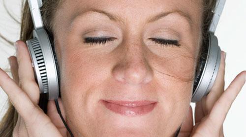 Kulaklığınızın sesi ne kadar yüksek?