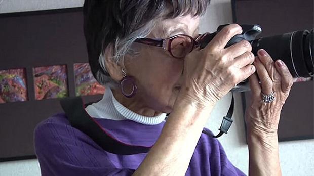 101 yaşında hala fotoğraf çekiyor