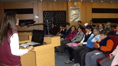 Öğrencilerin Demokrasi Sınavı Başarılı Geçti