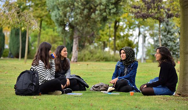 18 bin 727 öğrenci yurtdışında okuyor