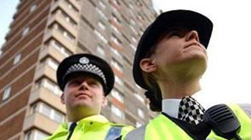 İngiliz Polisi Söke'de Şaşırttı
