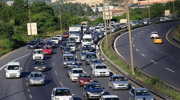 Haftada dokuz saatimiz trafikte geçiyor