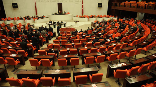 'Torba Kanun' tasarısı Meclis'ten geçti
