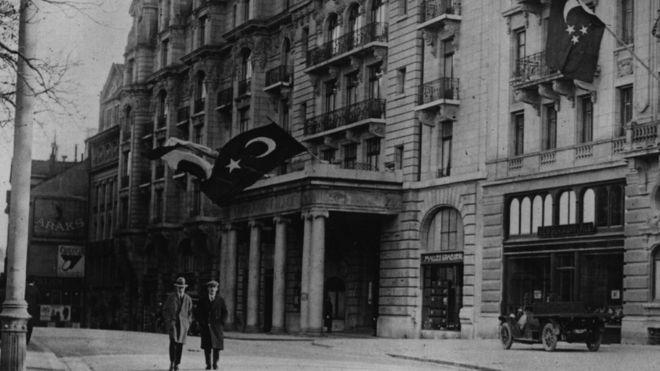 Osmanlı'dan Cumhuriyet'e Geçişte İmzalanan Anlaşmalar