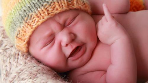 Bebeklerin İletişim Yöntemi Ağlamaktır