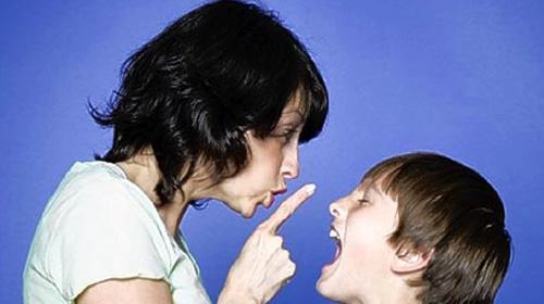 Çocuğunuza Sevgiyle Birlikte Disiplin Verin