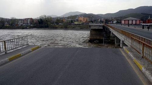 Çaycuma'da Köprü Faciası