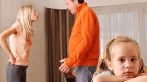 Boşanmanın Yükünü Çocuklar Çekiyor