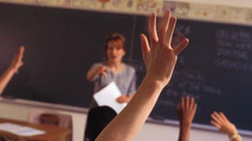 Batı ile doğu arasında iki öğretim yılı fark