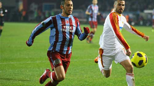 Trabzonspor İlk Yarıyı Önde Bitirdi