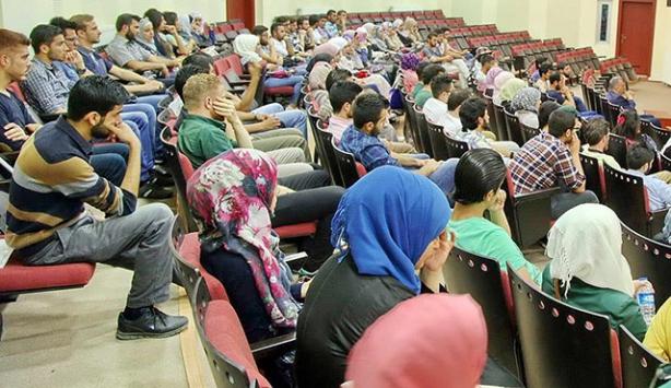 Üniversiteler kapılarını Suriyeli öğrencilere açtı