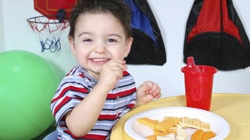 Çocuklara Yemek Yedirmenin Yolları