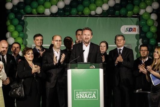 İzzetbegoviç:Bosna'da lider güç biz olacağız