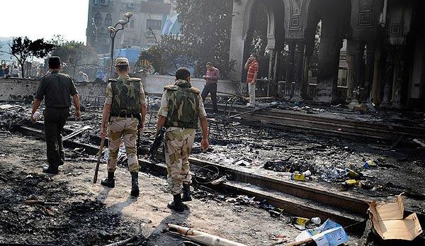 """Mısır ordusu """"Refah""""ı bombaladı"""