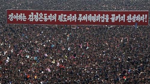 Kuzey Koreliler Hala Liderlerine Ağlıyor