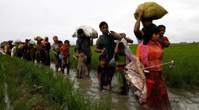 Bangladeş'e sığınanların sayısı 519 bine ulaştı