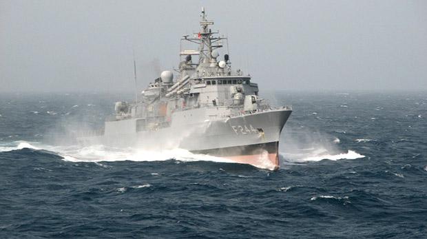 Katar, 7 savaş gemisi için imzayı attı